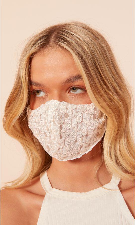 mascara-renda-1