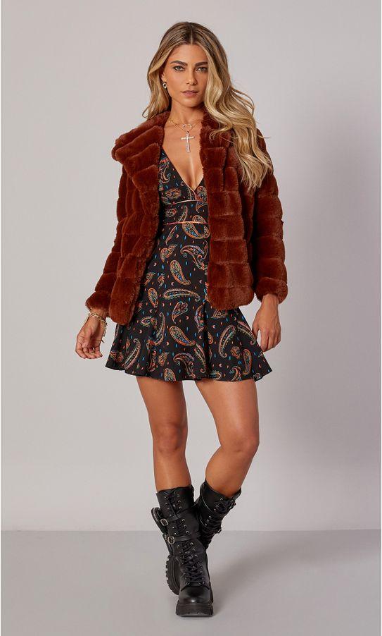 17010045-casaco-pelo-capuz-gominhos-marrom-1
